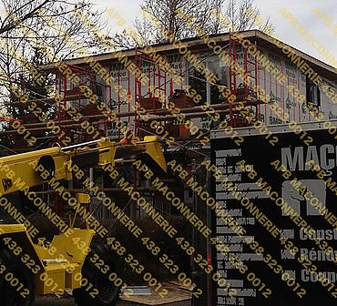 Projet de briquetage maconnerie reparation renovation - Agrandissement ajout d un deuxieme etage Installation de brique neuve installation de coins francais et reparation d alleges sur 4 cotes Lieu Ville de Montreal