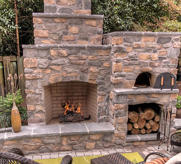 Projet de maconnerie Creation d'un foyer exterieur - Projet de maconnerie: Création d'un foyer extérieur en pierres selon les besoins du client.