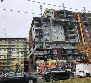 Pose de briques et blocs architecturaux Brampton Brick - Travaux de maçonnerie effectués à Montréal