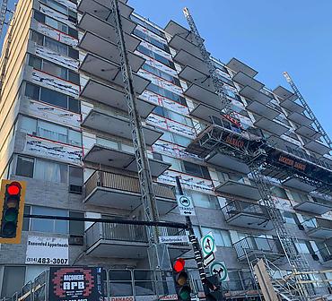Reparation mur de brique Montreal - Restauration majeure de mur de brique Montréal, infiltration deau mur de brique, linteaux structuraux rouillés et défectueux