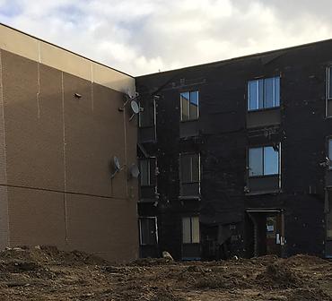 Projet de demolition de briques endommagees a Montreal - Démolition de la maçonnerie et briques endommagées.
