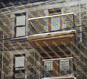 Projet de briquetage maconnerie restauration du patrimoine ancestral 2 - Retirer nettoyer numeroter chaque pierre ensuite poser la pierre de type St Mark en respectant le patrimoine Lieu Ville de Montreal arrondissement Hochelaga Maisonneuve